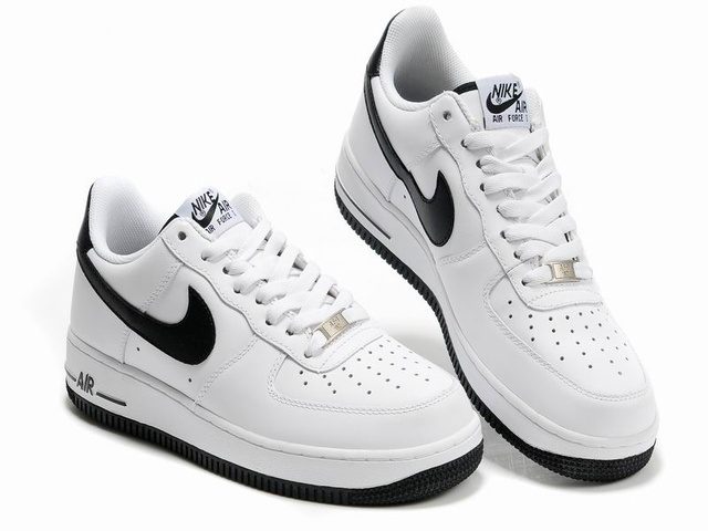 air force one femme,nike air force 1 low blanche et noir