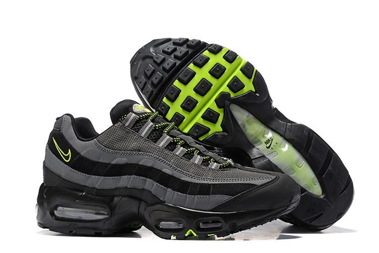 livraison rapide aux pieds à chaussures pour pas cher air max 95 promo,nike air max 95 noir et verte homme