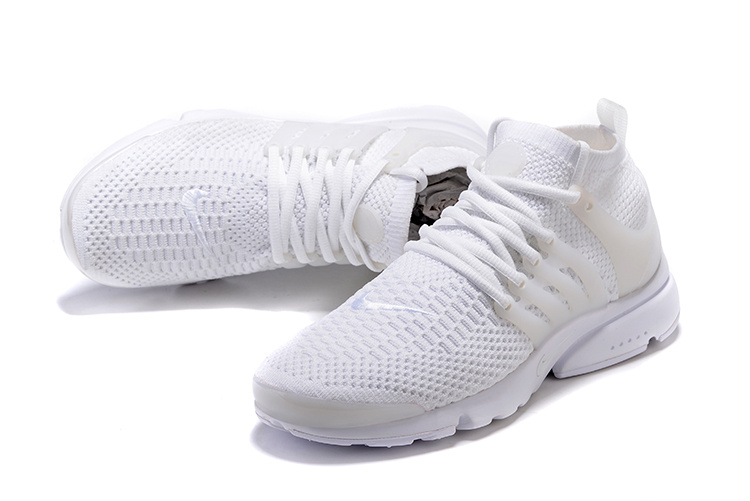 chaussure nike hommes blanche