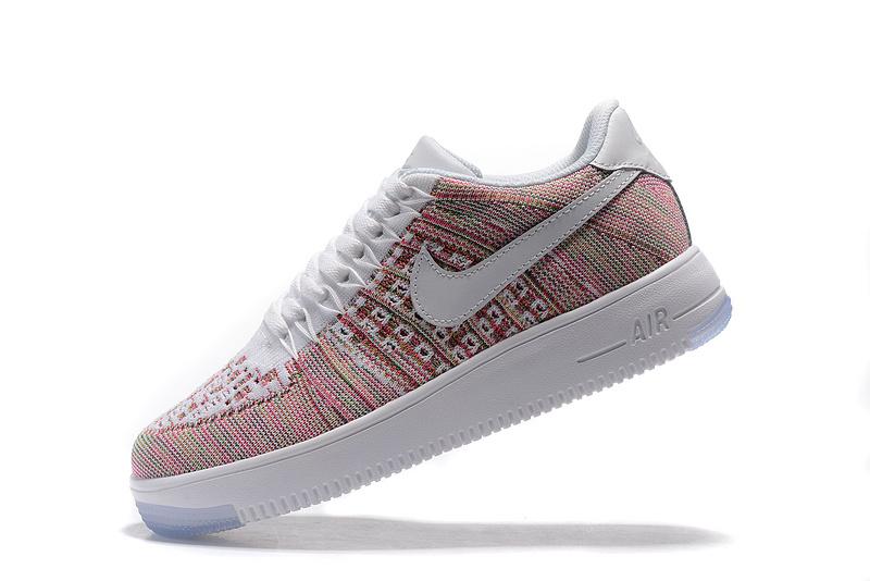 chaussure nike femme air force couleur
