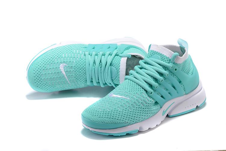nike chaussure femmes vert