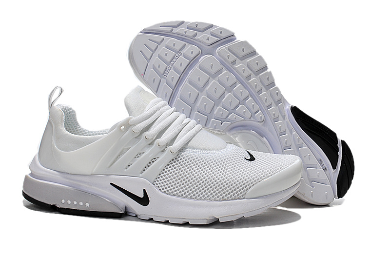 chaussures nike femme blanche